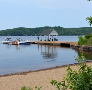 View our Visit Lake of Bays page